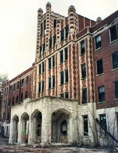 Waverly Hills Sanitarium Main Entrance
